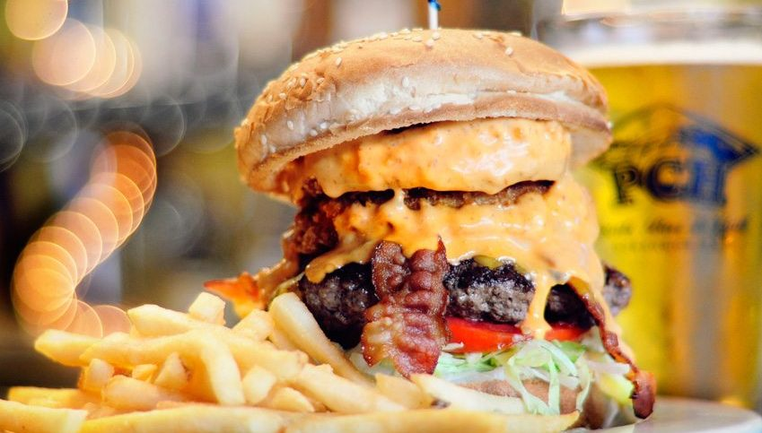 PCH Sports Bar and Grill Burger