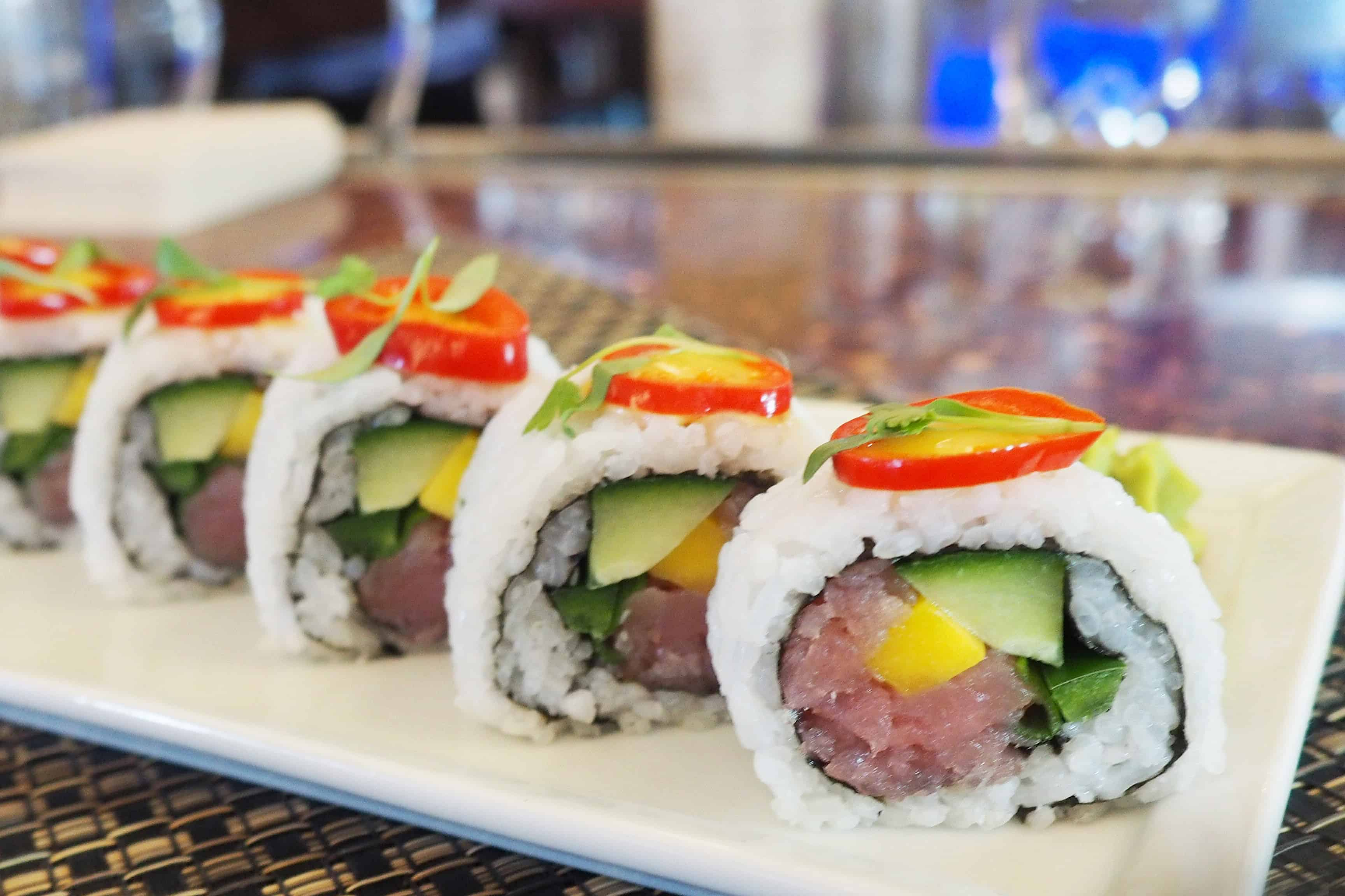 333 Pacific Sunset Tuna Roll