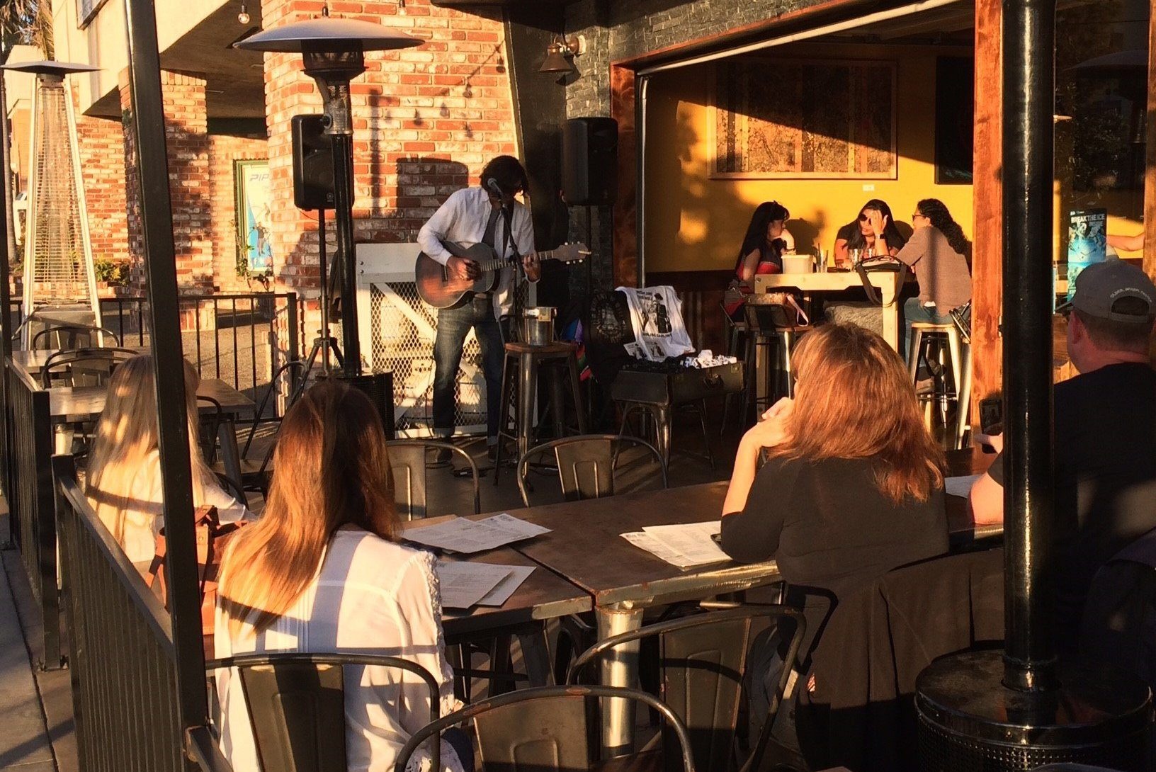 Mission Ave Live Music