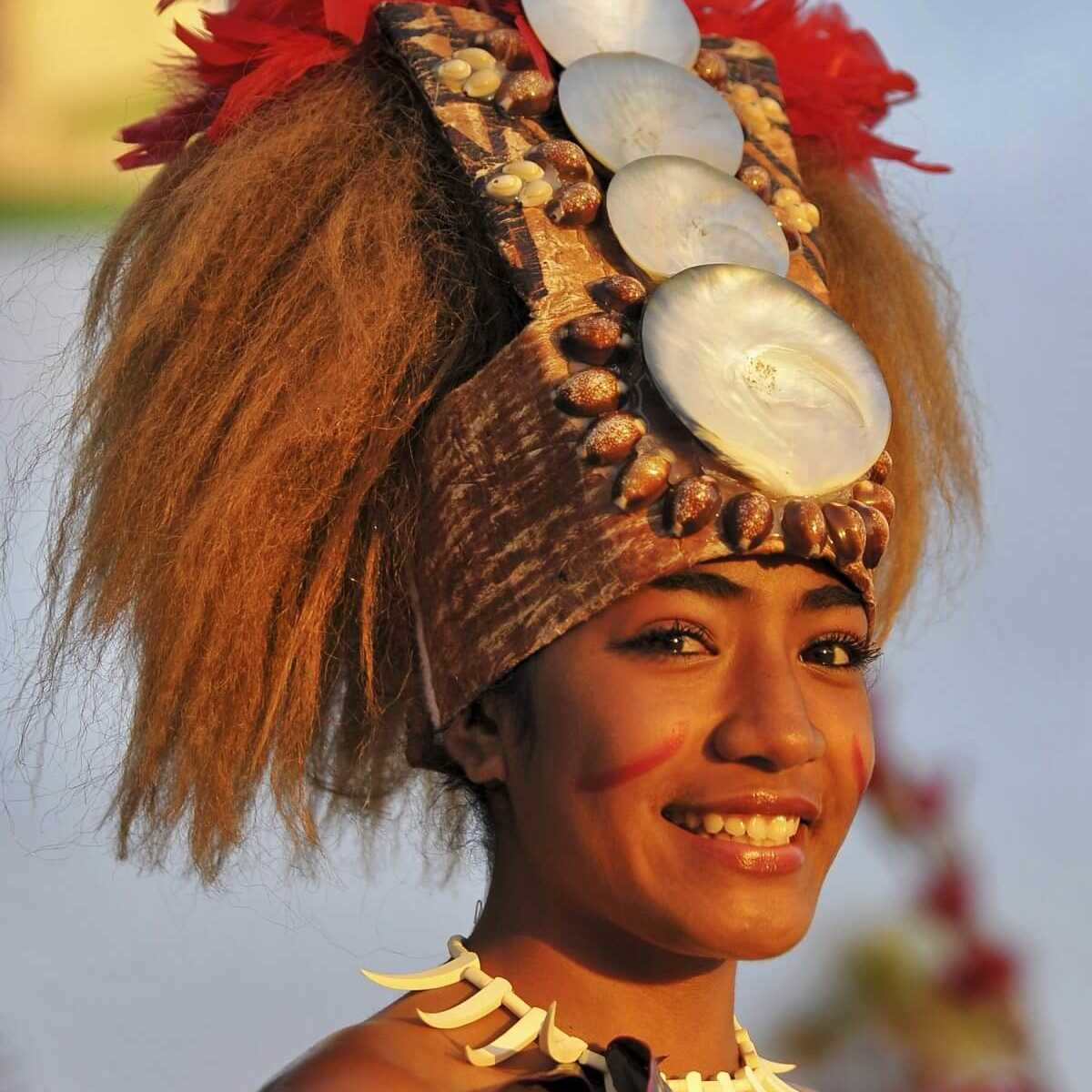 Samoan Woman Rich Cruse
