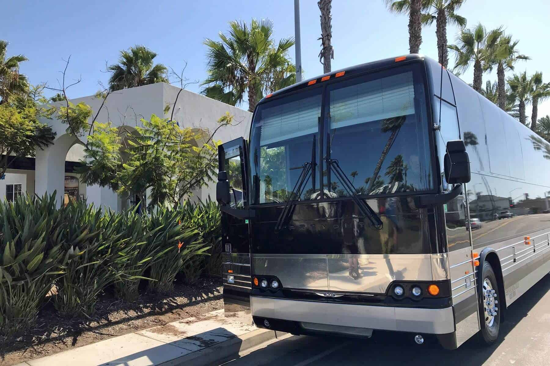 Motorcoach Tour and Travel- bus - CA Welcome Center