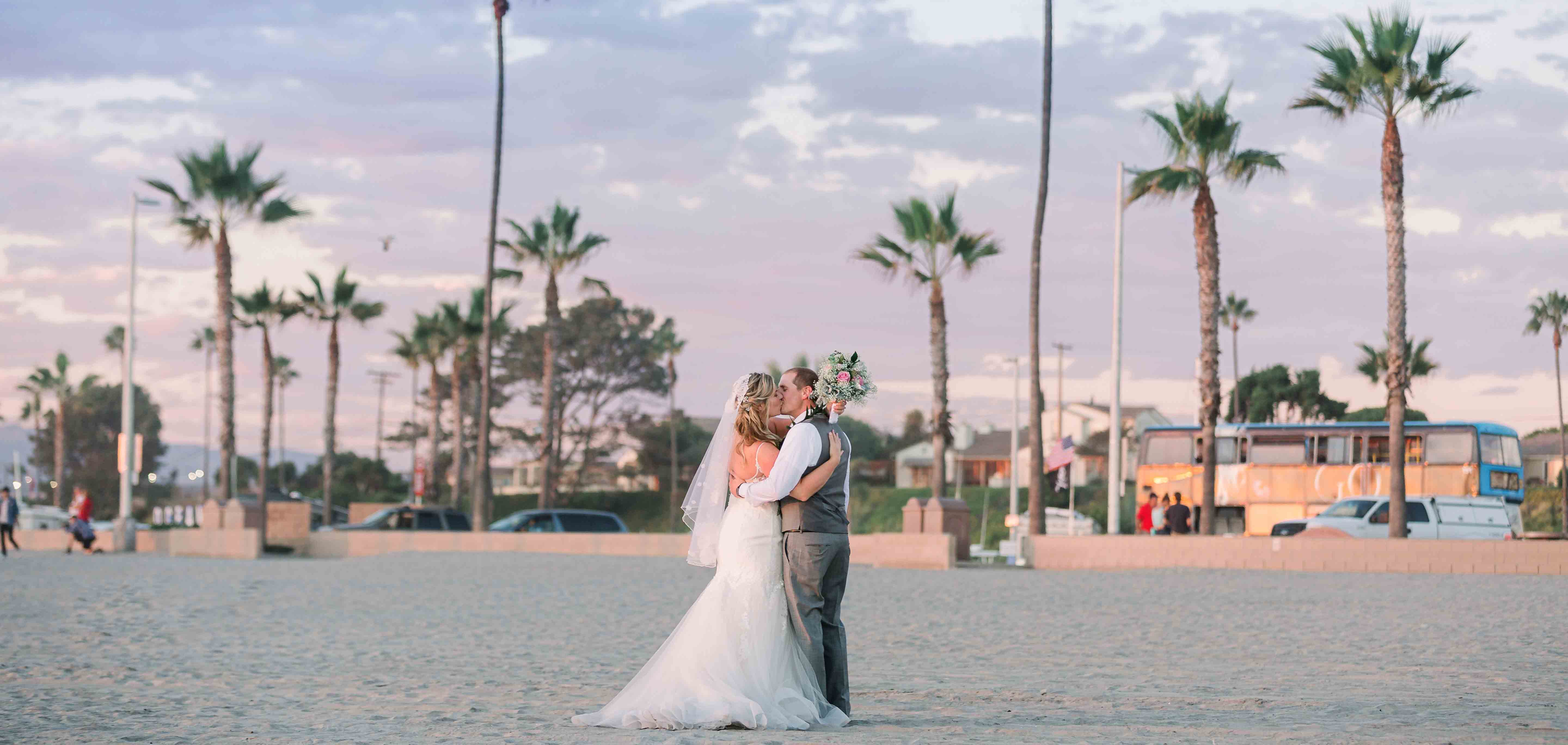 0aec3d5950bf Weddings in Oceanside photo by Vallentyne Photography