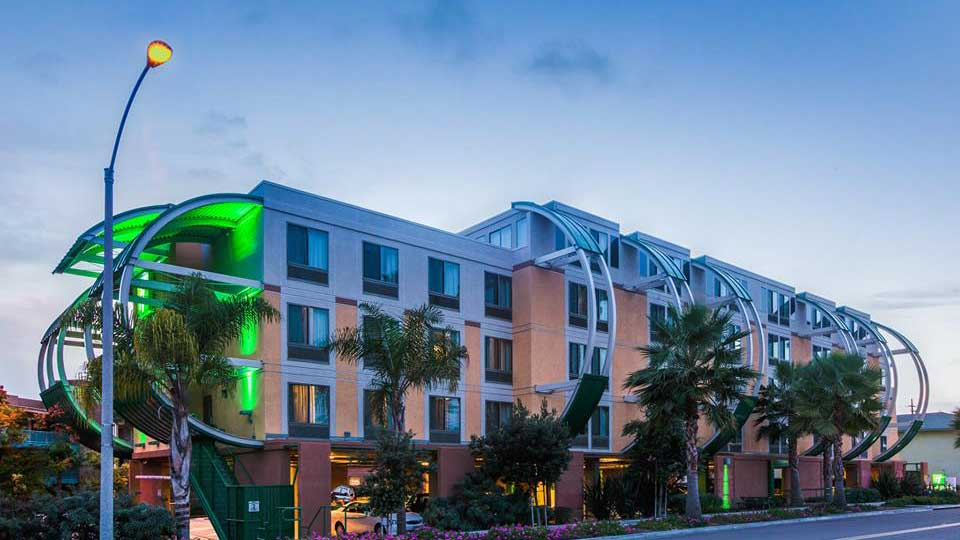 Holiday Inn Oceanside
