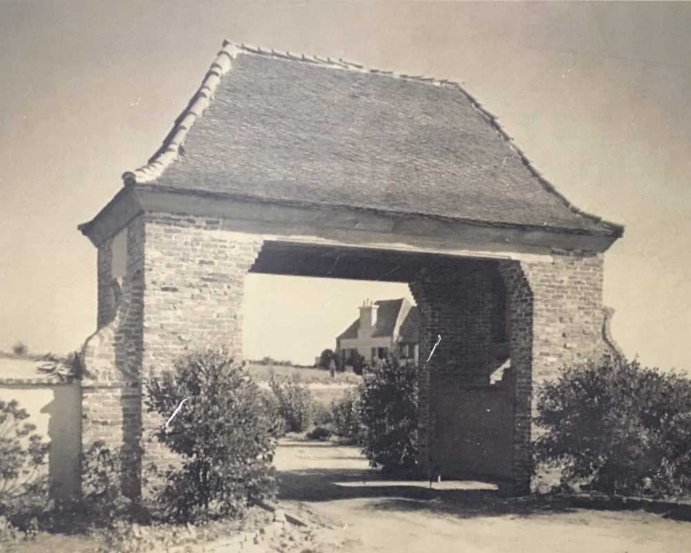 "St. Malo Gate at the end of South Pacific Street, circa 1930 Courtesy of ""The History of St. Malo"" by Nancy Keith Tenaglia"