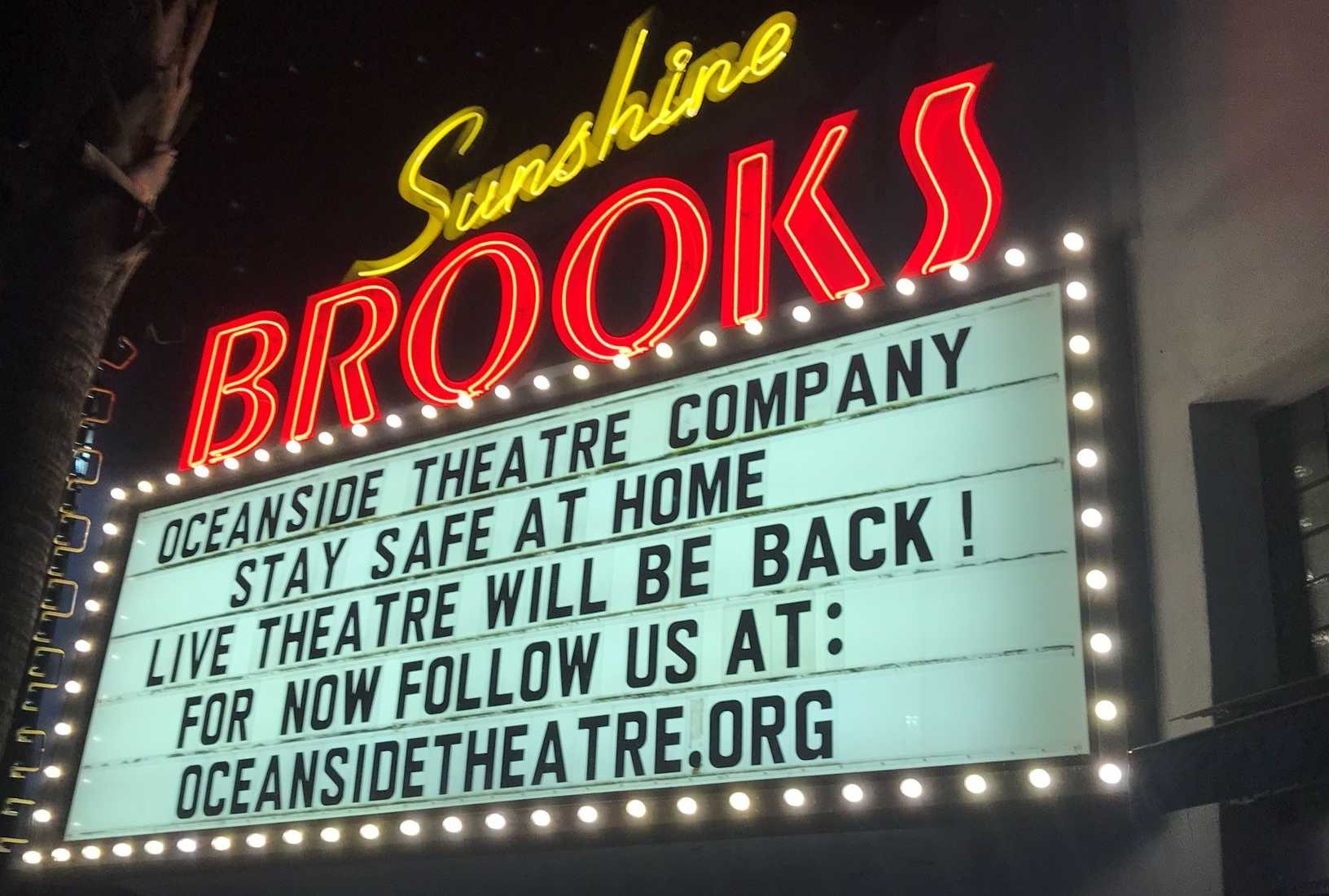 Brooks Theater Sign (1) Eamil